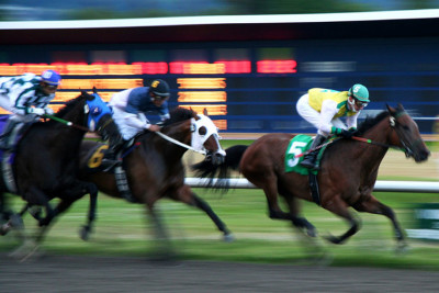Interest Group Claims Pennsylvania Online Gambling Would Hurt Horse Racing, Cannibalize Casinos